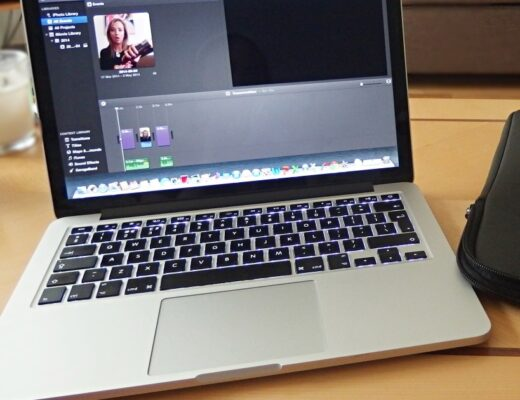 MacBook Vlogging With iMovie