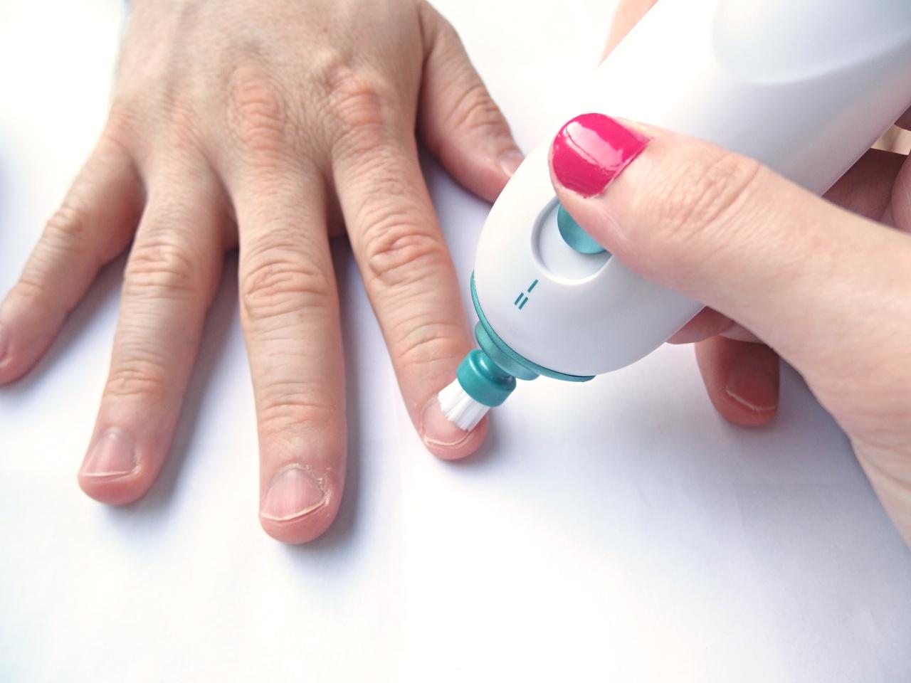 Scholl Nail Beauty Manicure & Pedicure Set Review