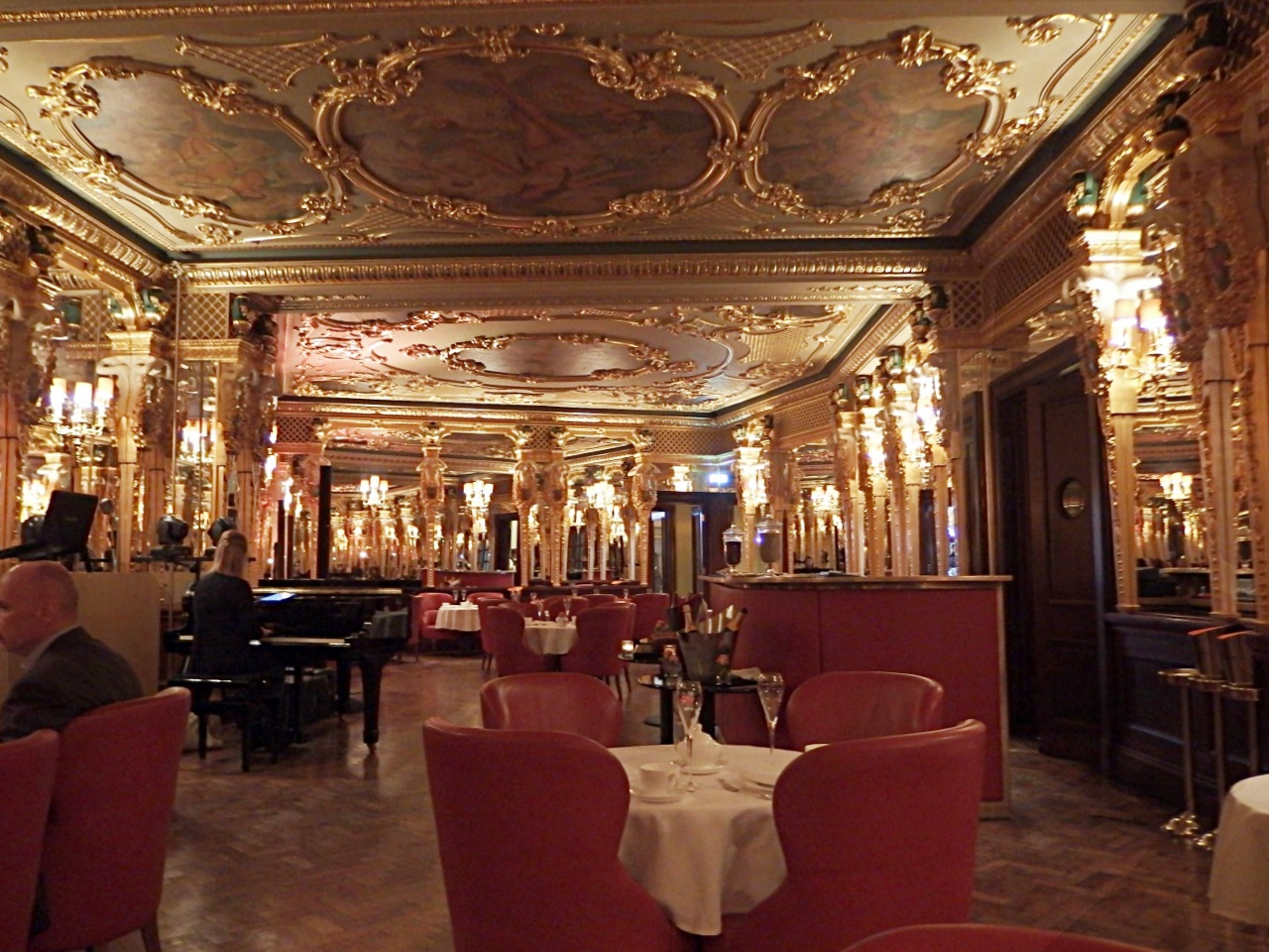 Afternoon Tea At The Cafe Royal Oscar Wilde Bar Review