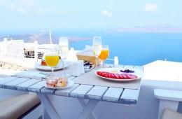 Santorini Weekend Guide