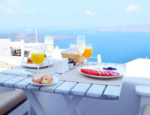 Santorini Weekend Guide