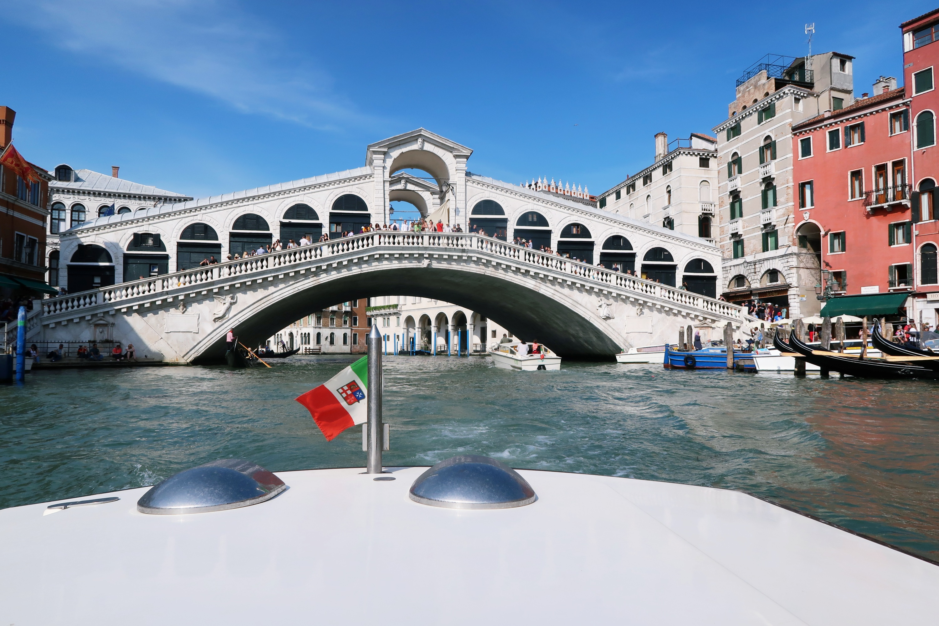 Rialto Bridge Venice - City Break Guide To Venice UK Travel Blog