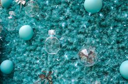 Tiffany & Co Christmas Tree St Pancras International - The LDN Diaries