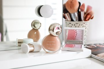 Guerlain l'essentiel foundation shade 2N swatch